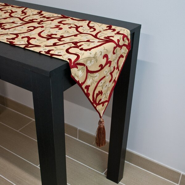 Hinsdale Table Runner by Sherry Kline