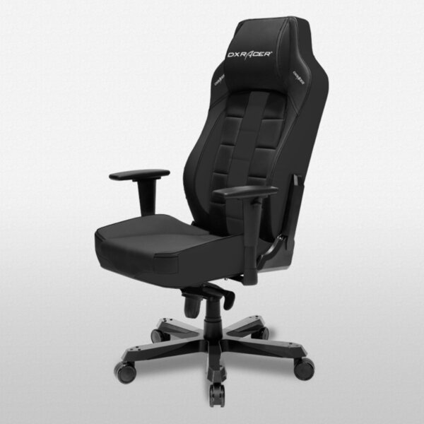 Classic Racing Game Chair by DXRacer