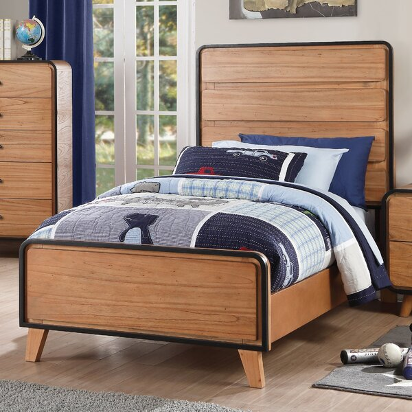 Gipson Platform Bed by Ivy Bronx