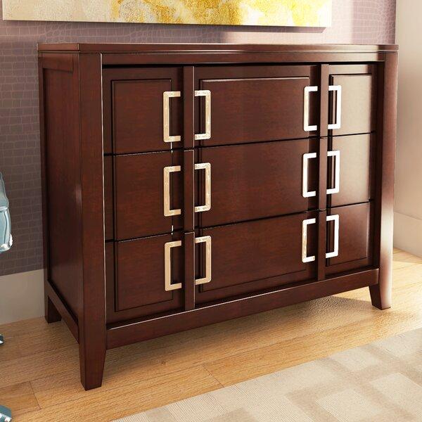 Elosie 3 Drawer Accent chest by Willa Arlo Interiors
