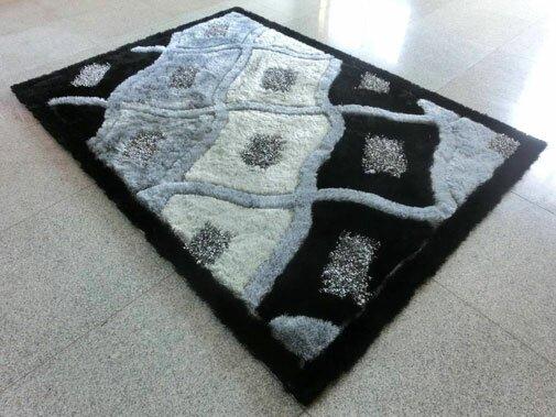 Black/Grey Area Rug by Rug Tycoon