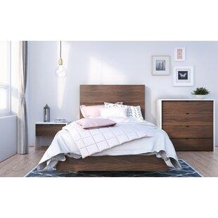 Giavanna Platform 4 Piece Bedroom Set ByUnion Rustic