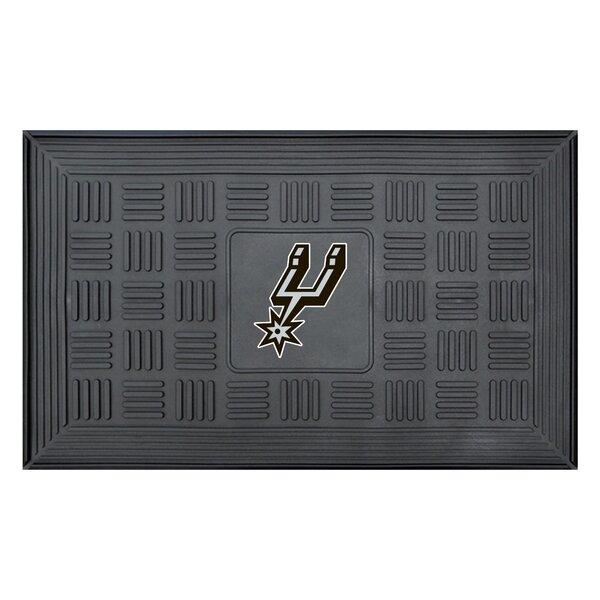 NBA - San Antonio Spurs Medallion Doormat by FANMATS