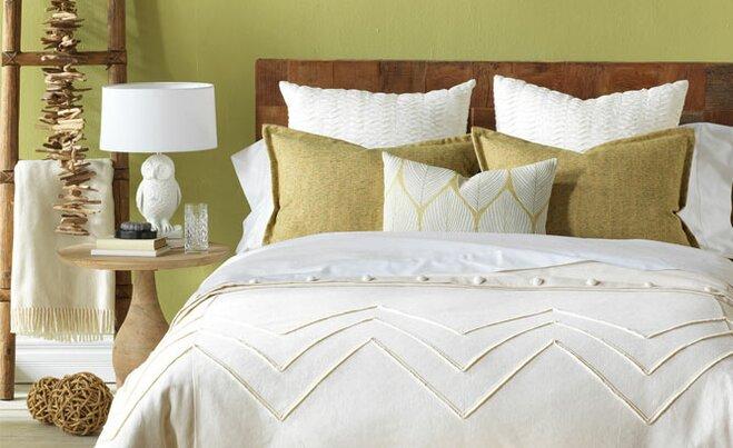 Earthy Bedroom Decorating