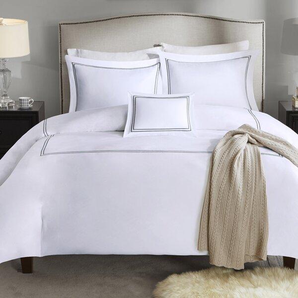 Caruso Comforter Set