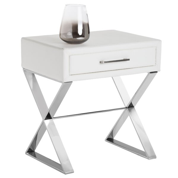 Dodgeville End Table by Everly Quinn