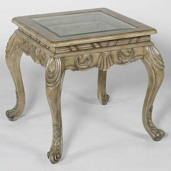 Principe End Table By Benetti's Italia