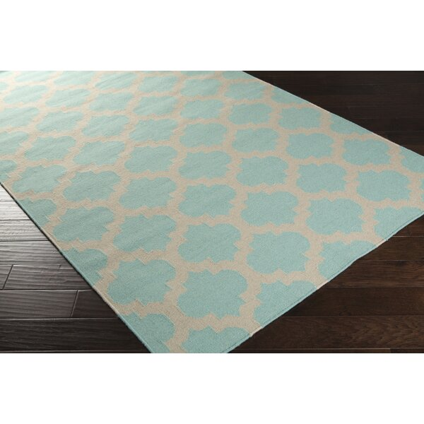 Highlands Hand-Woven Neutral/Blue Area Rug by Breakwater Bay