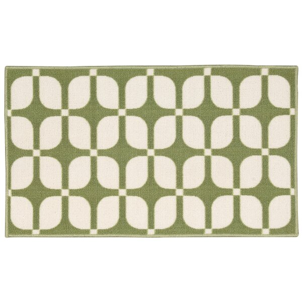Fancy Free & Easy Unparalleled Green/Ivory Area Rug by Waverly