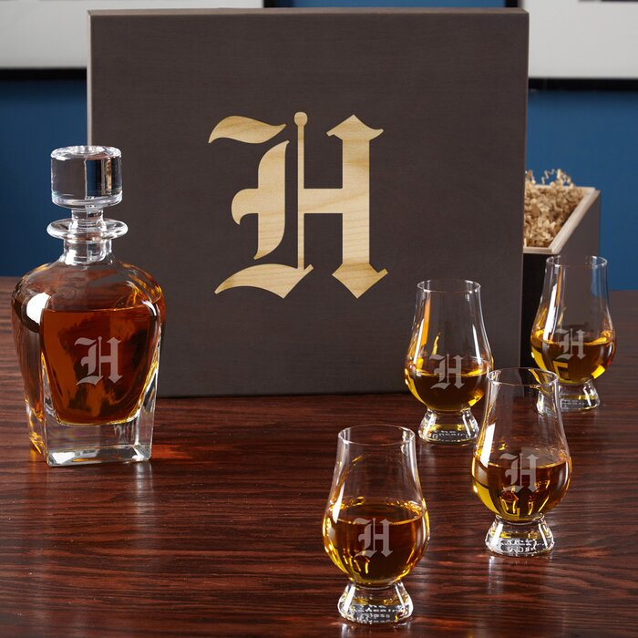 6 Piece Personalized Whiskey Decanter Set