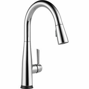 Essa Pull Down Touch Single Handle Kitchen Faucet with MagnaTite® Docking  and Touch2O® Technology
