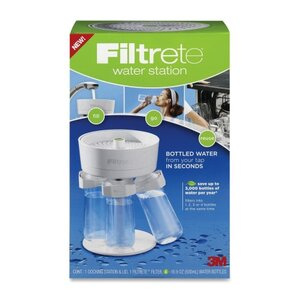 Filtrete WS01-WH Water Filtration Station (4 - 16.9oz Bottles) by 3M