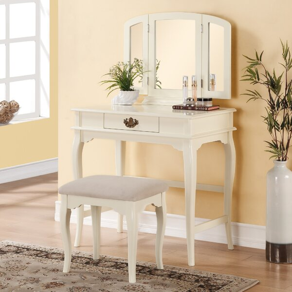 Delaney 1 Drawer Vanity Set with Mirror by Three Posts