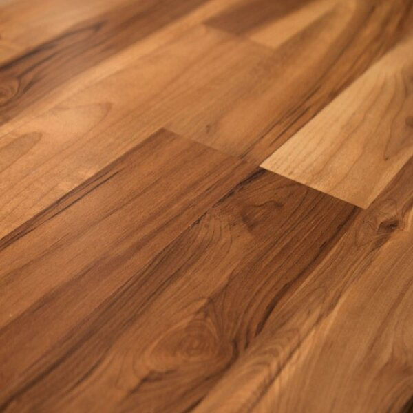Eligna 6 x 54 x 8mm Maple Laminate Flooring in Spiced Tea by Quick-Step
