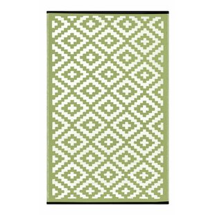Buying Lightweight Reversible Leaf Green/Ivory Indoor/Outdoor Area Rug By Wildon Home ®