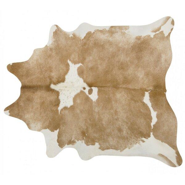 Handmade Beige/White Area Rug by Pergamino