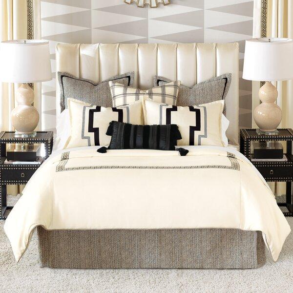 Abernathy Comforter