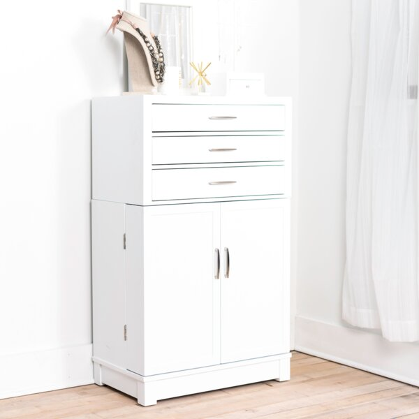 Soren Free Standing Jewelry Armoire with Mirror by Latitude Run
