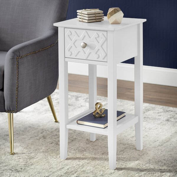 Sue End Table by House of Hampton