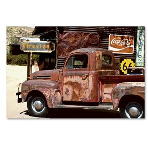 US Truck Photographic Print on Wrapped Canvas by Latitude Run