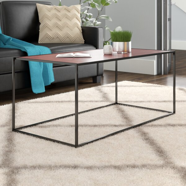 Avey Classic Coffee Table by Mercury Row