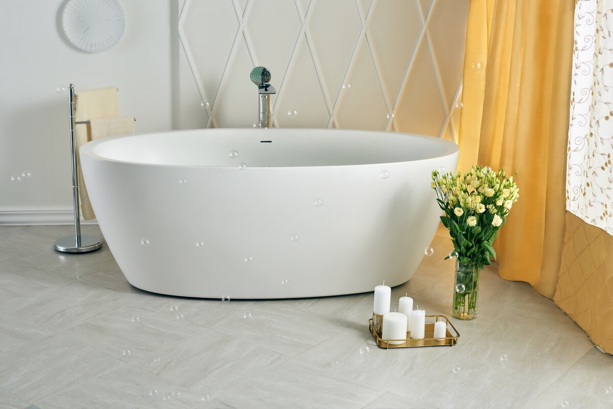 Best Luxury Bathtub Reviews: Top 15 Bathtubs that Are Worth the Money!