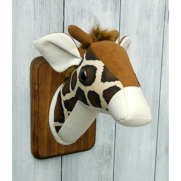 Giraffe Faux Taxidermy 3D Wall Décor by Zooguu