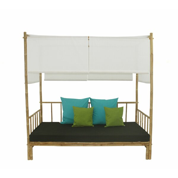 Aubrie Patio Daybed with Cushions by Beachcrest Home Beachcrest Home