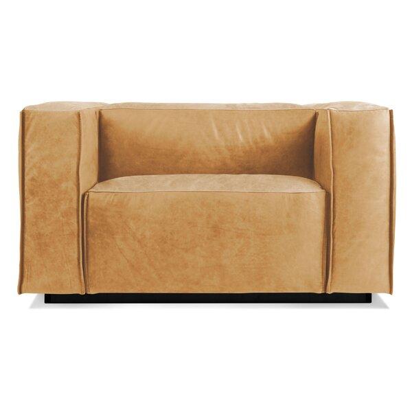 Cleon Club Chair