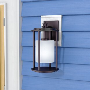 Best Reviews Burkeville 1-Light Outdoor Wall Latern By Latitude Run