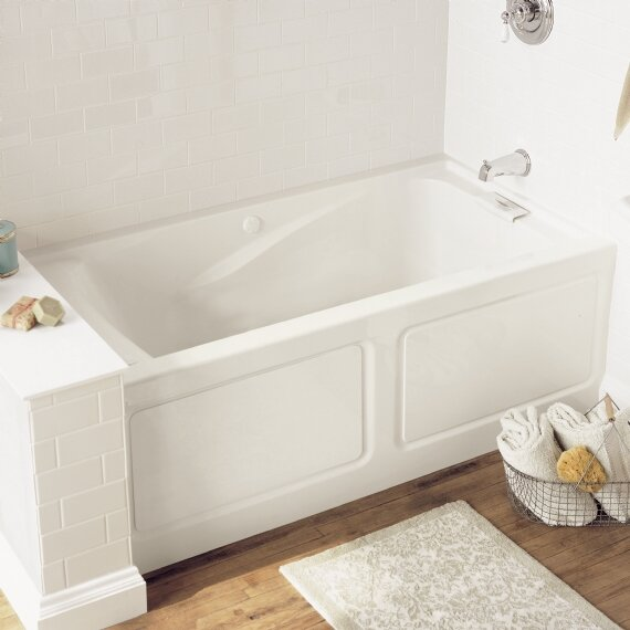 Evolution 62.75 x 34.75 Soaking Bathtub by America