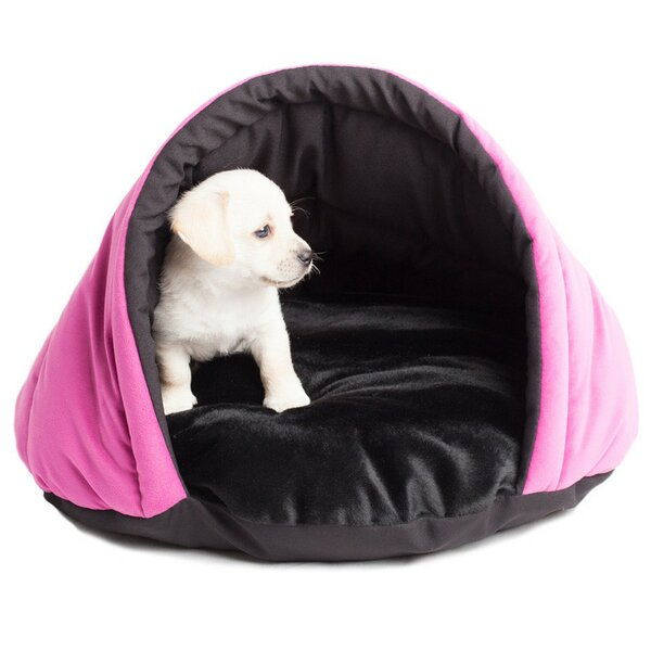 Finley Cozy Pet Bed by Tucker Murphy Pet