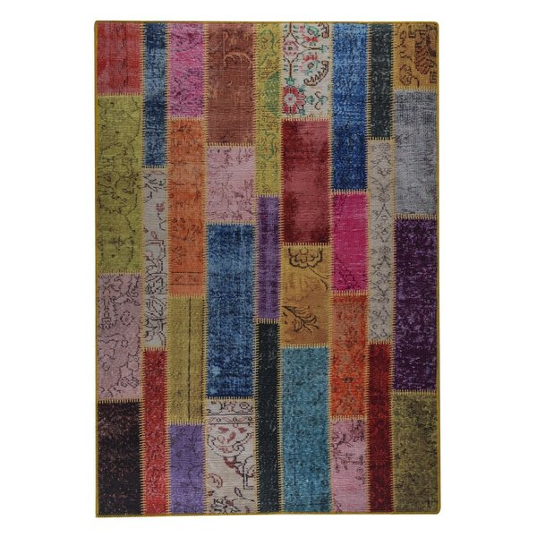 Quickep Hand woven Pink/Green/Blue Area Rug by World Menagerie