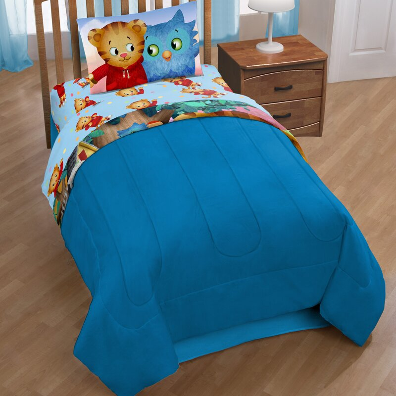 Daniel Tiger Treehouse Pals Reversible Comforter
