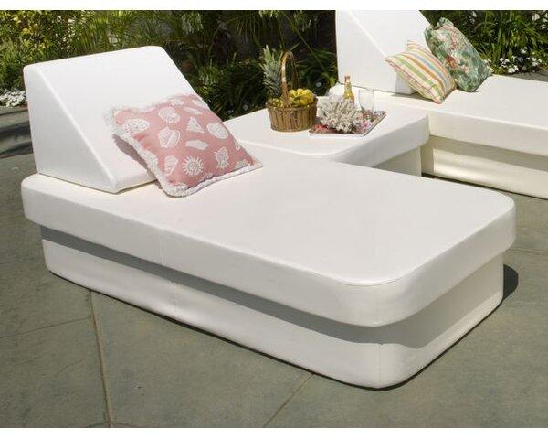 Cot Chaise Lounge by La-Fete La-Fete