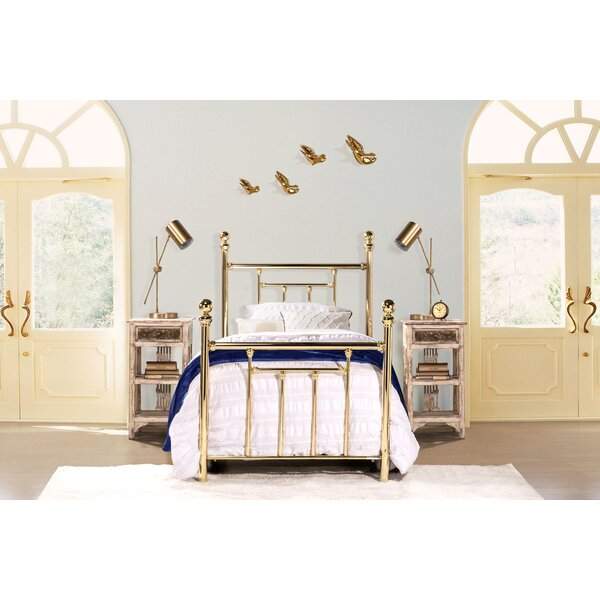 Applecrest Standard Bed by Fleur De Lis Living