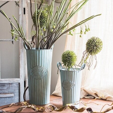 Rustic Flowers and Garden 3-Piece Metal Pot Planter Set by G Home Collection