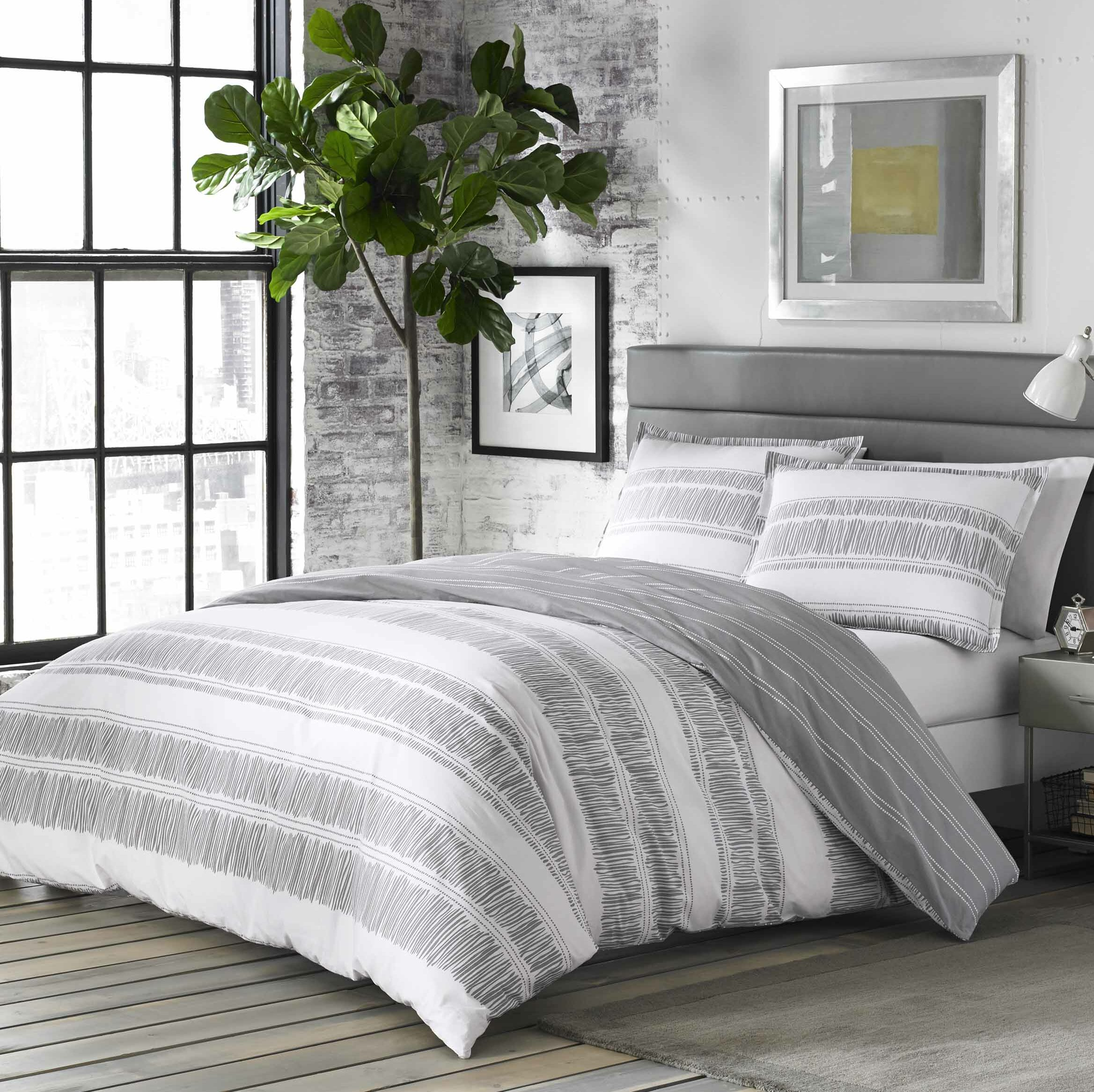 City Scene Ziggy 100 Cotton Reversible Comforter Set Reviews