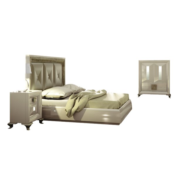 Jerri Standard 4 Piece Bedroom Set By Everly Quinn by Everly Quinn New Design