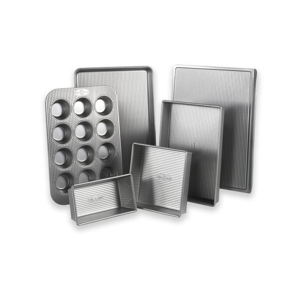 6 Piece Non-Stick Bakeware Set by USA Pan