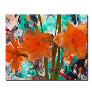 'Painted Petals XXII' Graphic Art on Canvas by Latitude Run