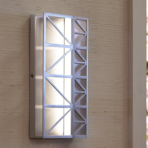 Maciel Outdoor Sconce by Ivy Bronx