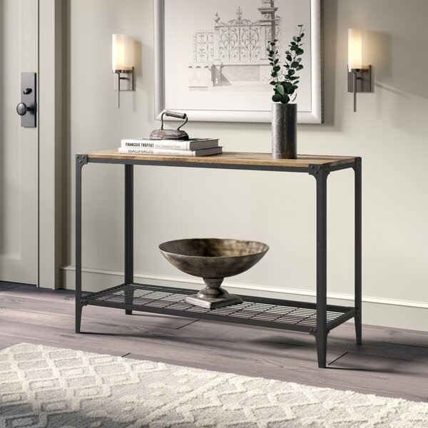 Review Cainsville Console Table