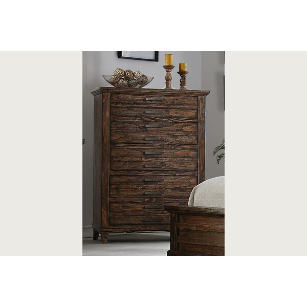 Rodriguez 6 Drawer Chest by Union Rustic