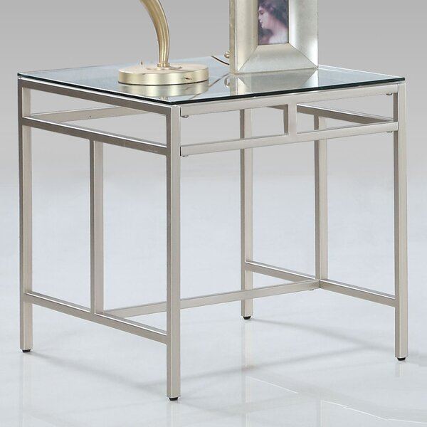 Brock End Table by Latitude Run