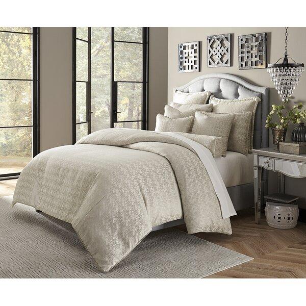 Carlyle Comforter Set