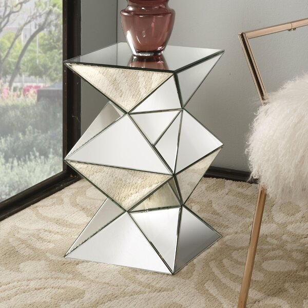 Eswer Mirrored Pedestal End Table by Everly Quinn