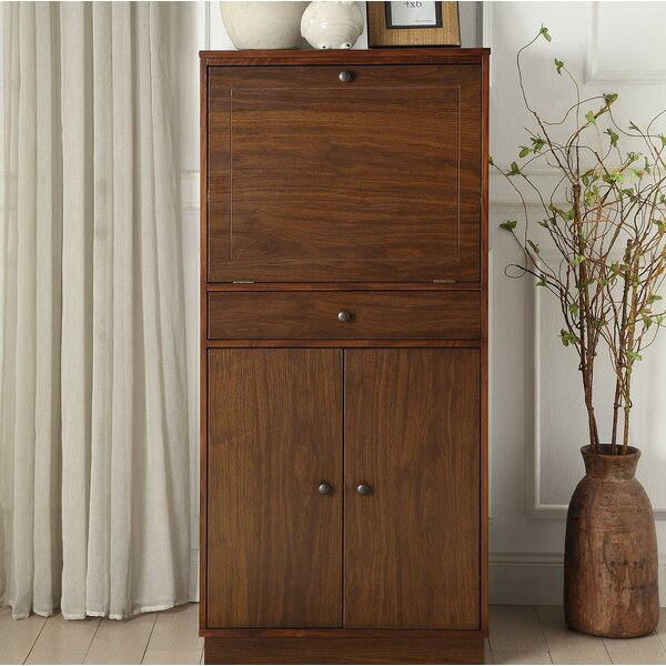 Wangaratta Bar Cabinet by Gracie Oaks Gracie Oaks