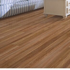 Fieldview 8 x 47 x 7.14mm Oak Laminate Flooring in Honey by Mohawk Flooring