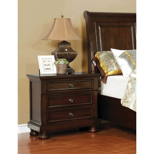 Holtzman 3 Drawer Nightstand by Alcott Hill
